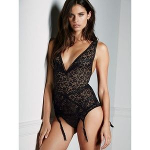 NEW Very Sexy Bustier Corset Lace Slip Babydoll S